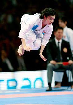 Rika Usami, Karate Gold Medal from Japan Kata UNSU I suppose.