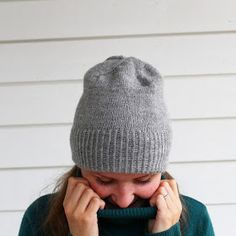 Lissun kotona: Pipo Drops Nord-langasta/ The Sweet Alice Beanie Easy Knitting, Knitting Stitches, Knitting Patterns Free, Hat Patterns, Knitted Headband, Knitted Hats, Knit Crochet, Crochet Hats, Beanie Pattern