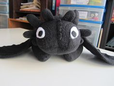 Plushie pattern for toothless in black fleece