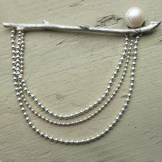 brosch gren pärla silver WURMA