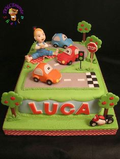 Bellissima  torta per un secondo compleanno