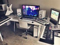 "2,443 Likes, 22 Comments - MUSIXON (@musix_on) on Instagram: ""Studio of @protovolt ✨"""