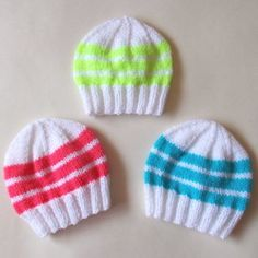 Easy Bright Stripes Newborn Baby Hats by marianna mel. Modern mums like bright bold colours for their newborns, so I made these cute little newborn baby hats with bright bold stripes. Baby Hat Knitting Pattern, Baby Hat Patterns, Baby Hats Knitting, Knitting For Kids, Knitting Patterns Free, Knitting Projects, Free Knitting, Knitted Hats, Crochet Patterns