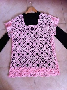 My Venitian Square top - to get to the free tutorial, click on the pic! ;-)