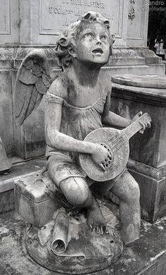 """""""Angel"""" / Consolação Cemetery - Sao Paulo- Brazil - by Sandro Fortunato"""