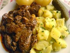 Ha TE is szereted a pirított csirkemájat nyomj egy lájkot! Hungarian Cuisine, Hungarian Recipes, Real Food Recipes, Chicken Recipes, Liver Recipes, What To Cook, Diy Food, Food And Drink, Healthy Eating
