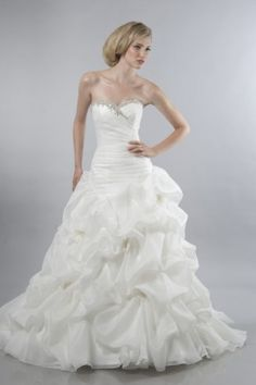 Sweetheart Neckline Strapless with Ruffles and Beading Lace up Orgaanza Wedding Dress
