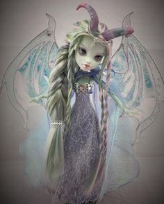 Custom Monster High Dolls, Monster High Repaint, Monster Dolls, Custom Dolls, Ooak Dolls, Blythe Dolls, Pokemon Dolls, Cute Fantasy Creatures, Gothic Dolls