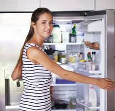 9 things you shouldn't store in the fridge - Good Housekeeping Institute How To Store Avocado, Budget Courses, Food Huggers, Bread Storage, Bread Bags, Natural Preservatives, Home Economics, Avocado Recipes, Good Housekeeping