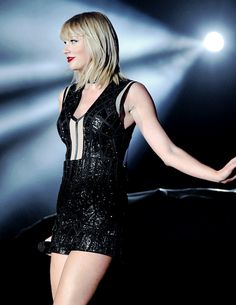 Taylor Swift Performing at the Formula 1 Grand Prix After Taylor Swift
