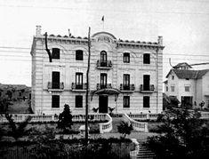 Antigua residencia de don Arturo Soria. Posteriormente sería colegio y sigue en pie hoy en día. Foto de 1900.