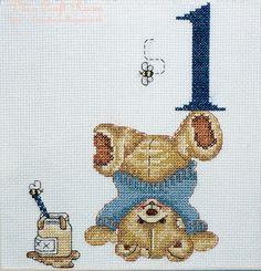 Counted Cross Stitch Honey Pot Bear