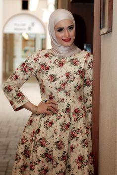 Dalalid's cute vintage floral dress