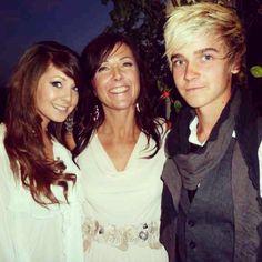 Zoe, Joe and their mum