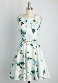 Come into Bloomsbury Dress