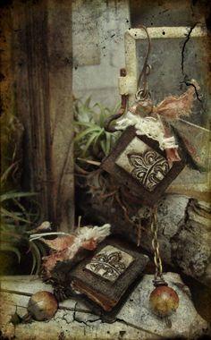Romance by Luthien Thye -- wearable books earrings