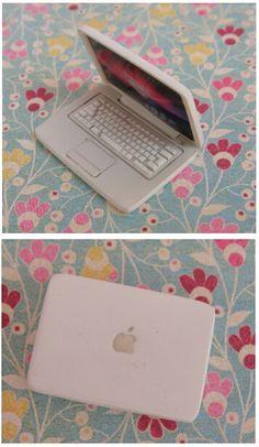 1:12th scale MAC laptop