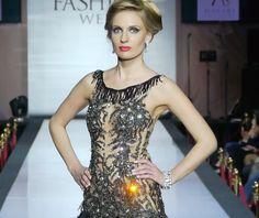 #BlackElena #EveningWear #HayariParis  #Couture #SequinDress