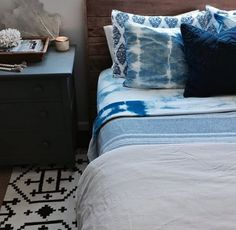 Curtains And Bedding To Match Code: 1217815727 Linen Bed Sheets, King Sheets, Cheap Bed Sheets, Bed Linens, Tie Dye Bedding, Grey Bedding, Comforter, Designer Bed Sheets, Black Bed Linen
