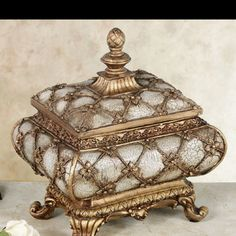 Antique box, ring bearer idea :) Visit http://www.brides-book.com for more great wedding resources