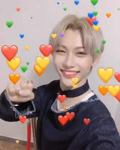 felix is here to make your day! Felix Stray Kids, Flipagram Video, Kpop Gifs, Jaehyun, Kid Memes, Crazy Kids, Lee Know, Love Memes, Kids Videos