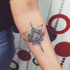 23 Triangle Tattoo Ideas You're Going to Be Obsessed With Tatouage triangle fleur de lotus Lotusblume Tattoo, Shape Tattoo, Back Tattoos, Cover Tattoo, Wrist Tattoos, Body Art Tattoos, Tatoos, Henna Tattoos, Trendy Tattoos