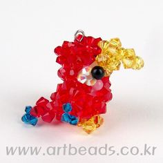 parrot - to try with seed beads Seed Bead Jewelry, Seed Beads, Beaded Jewelry, Beaded Crafts, Jewelry Crafts, Beading Tutorials, Beading Patterns, Beaded Animals, Craft Shop