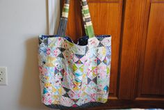 Hourglass block bag
