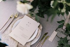 Minimal + gorgeous table details from the @stclairecountryhouse grand opening 〰 Styling @nomadstyling Stationery @studiosilva_ Photo…