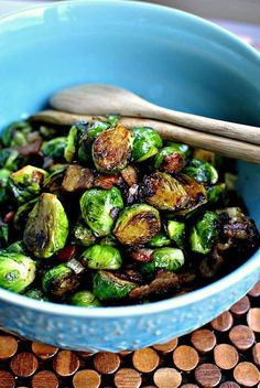 Caramelized Balsamic Glazed Brussels Sprouts | http://www.simplyscratch.com | #bacon