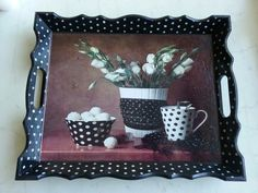 I like the repeating theme of black and white. Ceramic Painting, Painting On Wood, Decoupage Glass, Altered Boxes, Wood Tray, Cool Paintings, Painted Furniture, Diy And Crafts, Diy Projects