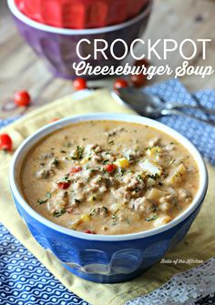 Warm up after a long day with this easy and delicious Crockpot Cheeseburger Soup, made with plenty of real food ingredients like ground beef and cheddar cheese. It's pure winter time comfort food made in your slow cooker that your whole family will love. Crock Pot Soup, Crock Pot Slow Cooker, Crock Pot Cooking, Slow Cooker Recipes, Crockpot Ground Turkey Recipes, Real Food Recipes, Cooking Recipes, Chicken Recipes, Game Recipes