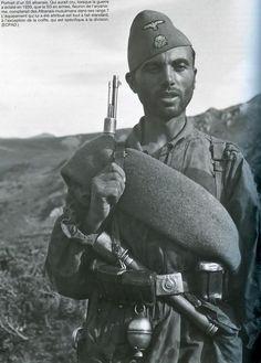 ■ Voluntario albanés en las Waffen-SS
