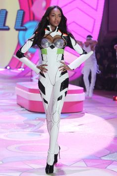Only Jourdan Dunn could make a robot look this sexy.