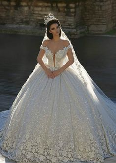 BRIDAL COLLECTION  |   Sallon Frida