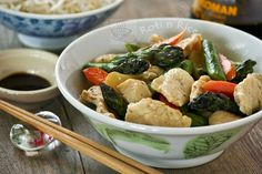 Chicken Asparagus Stir Fry | Food to gladden the heart at RotiNRice.com
