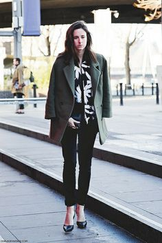 London_Fashion_Week-Street_Style-Fall_Winter_14-Green_Coat-Floral_Shirt. by collagevintageblog, via Flickr