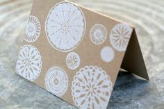 tabletop made card Christmas Projects, Christmas And New Year, Christmas Ideas, Pen And Paper, Paper Art, New Year Card, Letterpress Printing, Pretty Cards, Paper Goods
