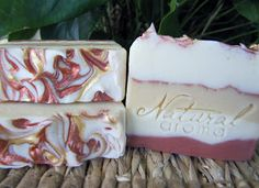 Natural Aroma: Week 3 of Amys Soap Challenge - Mica Swirled Tops