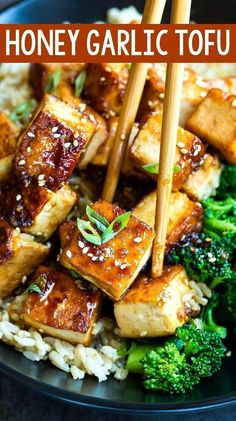 This Honey Garlic Tofu recipe is a great way to jazz up tofu! Paired it with crisp broccoli and fluffy brown rice for a tofu bowl that's sure to have you skipping take-out for this tasty homemade recipe! recipes Honey Garlic Tofu Recipe - Peas and Crayons Tofu Dinner Recipes, Tasty Vegetarian Recipes, Vegan Dinners, Veggie Recipes, Asian Recipes, Whole Food Recipes, Cooking Recipes, Healthy Recipes, Best Tofu Recipes