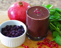 This is a delicious, chocolatey green smoothie using one of my favorite holiday fruits – the pomegranate! This green smoothie recipe delivers an epic dose of health-promoting antioxidants thanks to the pomegranate, blueberries, raspberries, raw cacao and fresh baby spinach. If antioxidants are what you are after, this recipe has more than enough! Besides antioxidants, …