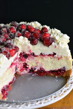 Christmas Cheesecake (Cranberry Jam White Chocolate Mousse Cheesecake) - Will Cook For Smiles Chocolate Mousse Cheesecake, Vanilla Bean Cheesecake, White Chocolate Mousse, Cheesecake Recipes, Cranberry Cheesecake, Chocolate Blanco, Mousse Cake, Cake Chocolate, Cookie Recipes