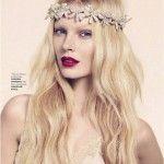 #romantic #raspberry #lip #nude #eye #beachy #hair