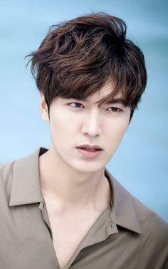 Lee Min Ho as Heo Joon Jae in Legend of the Blue Sea Korean Celebrities, Korean Actors, Asian Actors, Minho, Jung So Min, Boys Over Flowers, Lee Jong Suk, Lee Seung Gi, Heo Joon Jae
