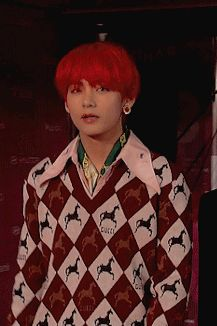 Taehyung's life was perfect. He had friends, a loving family and a girlfriend he loved to death. Real friends wouldn't plot behind your. Taehyung Red Hair, V Taehyung, Pretty Red Hair, Jungkook Smile, Hair Gif, V Chibi, Fanfiction, Hair Icon, V Bts Wallpaper