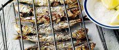 Сардины на барбекю с соусом цацики,  рецепт Гордона Рамзи