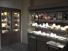 Agencement pour Fromager, traiteur, Boucherie, Charcuterie. Vitrines réfrigérées, façade, mobilier.