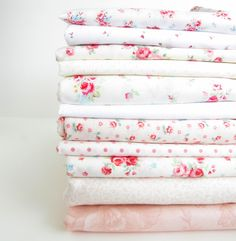 """With Fabric & Thread"" Cherry Blossom Quilt - Pretty by Hand -"