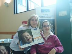 Ancora sorrisi dall'Istituto Clinico Humanitas! Claudia e la mamma Marta sono corse ad aiutarci a dire sempre con più decisione che nessuno è #disabile alla #felicità! #FondazioneAriel #SMSsolidale #bambini #disabilità #sorriso #CampagnaSMS bit.ly/Ariel_SMS2016