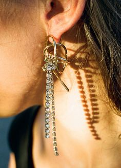 Tangled Wire Unbalance Earrings - MONDAY EDITION